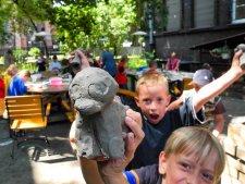 W Gliwicach dzieci mają okazję wziąć udział warsztatach organizowanych w plenerze (fot. mat. organizatora)