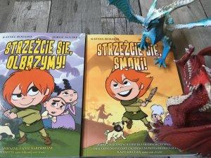 """To dwa pierwsze tomy serii komiksów """"Przygody Claudette"""" (fot. Ewelina Zielińska/SilesiaDzieci.pl)"""