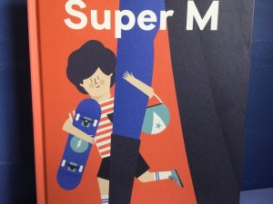 """""""Super M"""" to wartościowa, czasem zabawna książka dla kilkulatków (fot. Ewelina Zielińska/SilesiaDzieci.pl)"""