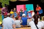 Na zakończenie wydarzenia - finał - występ dzieci na scenie Chorzowskiego Teatrzyku Ogródkowego (fot. Radosław Regan)