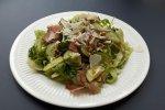 Świeże sałatki są przygotowywane każdego dnia (fot. mat. Pli Pla Plo)