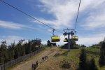 Na szczyt można dojechać również kolejką linową (fot. Katarzyna Esnekier/SilesiaDzieci.pl)