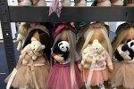Dużą popularnością cieszyły się misternie wykonane lale od Julii Laskorunskaya z Ukrainy (fot. mat. SilesiaDzieci.pl)