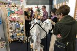 Odwiedzających zachwycały przede wszystkim miękkie tkaniny i precyzja wykonania poszczególnych produktów (fot. mat. SilesiaDzieci.pl)
