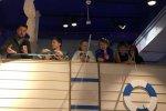 Prezenter TVN Maciej Dolega, wraz z dziećmi z S.P. 9 w Tychach, łowił ryby w Królestwie Bajdocji (fot. mat. SilesiaDzieci.pl)