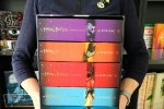 Akcję #czytamniepale rozpoczęły wydawnictwa, których książki były spalone (fot. mat. Fb Media Rodzina)