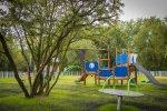 Nowy plac zabaw nawiązuje do pobliskiego kąpieliska (fot. mat. UM Sosnowiec)