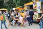 Na Stadionie Śląskim będą też foodtrucki - zapiekanki, burgery, frytki czy dania meksykańskie zapewnią śląskie firmy (fot. POżarcie)