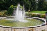 W parku znajduje się fontanna oraz liczne oczka wodne, strumyki i mostki (fot. Katarzyna Esnekier/SilesiaDzieci.pl)