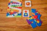 Kto najszybciej ułoży kompozycję z karty? (fot. Ewelina Zielińska)