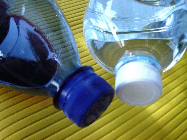 Woda - ważny składnik diety dziecka (fot. sxc.hu)