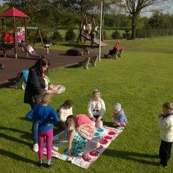 Karczma w Jankowicach to miejsce przyjazne dzieciom, gdzie poza smacznym posiłkiem czeka je wiele atrakcji (fot. mat. Karczma Wiejska)