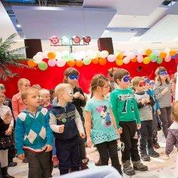 Niedzielne bajeczki to bezpłatne przedstawienia dla dzieci w CH Sarni Stok (fot. Renata Osińska)
