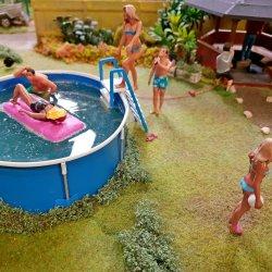 W wakacje warto się wybrać do Kolejkowa i zobaczyć, jak ten letni czas wygląda w miniaturze (fot. mat. organizatora)