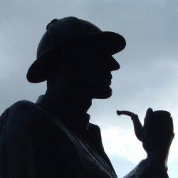 Zabawa w detektywów organizowana jest w ramach Nocy Bibliotek (fot. foter.com)