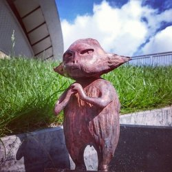 Bebok to jedna z dwóch figurek, które nie padły łupem złodziei i wandali (fot. archiwum zdjęć na Fb oficjalnego profilu miasta Katowice)