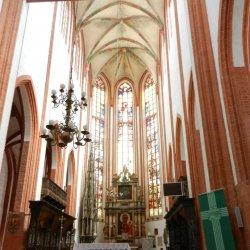 Wiele kościołów oferuje specjalne msze dla rodzin z małymi dziećmi (fot. alex)