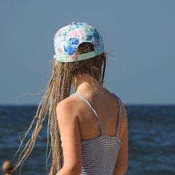 W wakacje można korzystać ze strzeżonego kąpieliska w Dolinie Trzech Stawów (fot. pixabay)