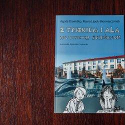 """""""Z Tyszkiem i Alą na tyskich ścieżkach"""" zostało wydane przez Urząd Miasta w Tychach (fot. Ewelina Zielińska)"""