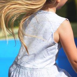 Dzieci będą mogły poskakać w gumę i poznać inne zabawy ze śląskich podwórek (fot. pixabay)