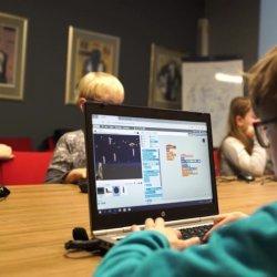 Branża IT to przyszłość, warto zatem zapisać dziecko na bezpłatne zajęcia z programowania (fot. mat. organizatora)