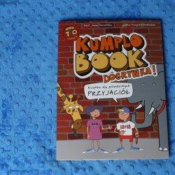 """""""Kumplobook. Dogrywka"""" to godziny świetnej zabawy z przyjaciółmi od wydawnictwa Wilga (fot. Ewelina Zielińska)"""