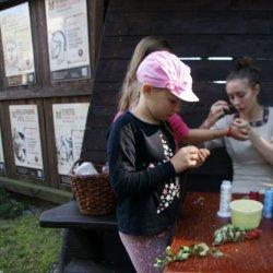 W Warowni Pszczyńskich Rycerzy dzieci będą tworzyć z kasztanów i żołędzi (fot. mat. organizatora)