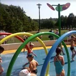Wodny Plac Zabaw w Katowicach (fot. stop-klatka filmu udostępnionego przez oficjalny profil miasta Katowice na Fb)