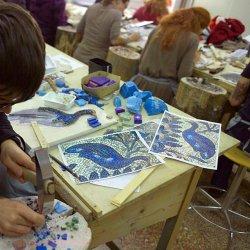 Na spotkaniu w Muzeum Miejskim w Tychach dzieci zaprojektują mozaiki (fot. wikipedia)