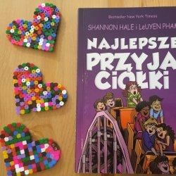 """""""Najlepsze przyjaciółki"""" to drugi tom serii """"Prawdziwe przyjaciółki"""" (fot. Ewelina Zielińska/SilesiaDzieci.pl)"""
