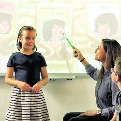 Angielski poznawany metodą Disney English sprawia dzieciom wiele frajdy, bo bazuje na znanych i lubianych postaciach z bajek (fot. mat. Profi-Lingua)
