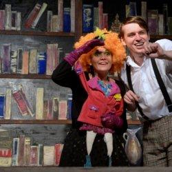 Muzyka lat 20-tych, barwna scenografia, wartka gra aktorska sprawią, że widzowie będą bawić się wyśmienicie (fot. mat. organizatora)