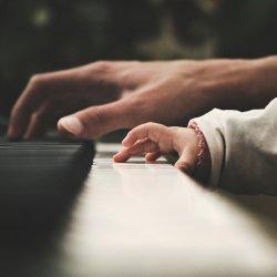 10 nominowanych i tylko 1 zwycięzca - kto zostanie wyróżniony tytułem Nauczyciela Muzyki 2017? (fot. pixabay)