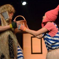 """Spektakl """"Różowy Kapturek"""" będzie można zobaczyć w Teatrze Żelaznym (fot. mat. organizatora)"""