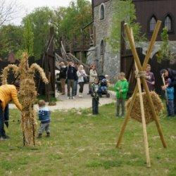 W czasie majówki nie zabraknie atrakcji dla dzieci w Warowni Pszczyńskich Rycerzy (fot. mat. organizatora)