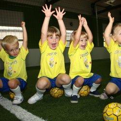 Zajęcia sportowe w Socatots to duża frajda dla dzieci (fot. materiały Socatots)