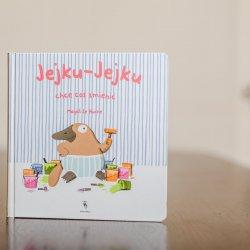 """""""Jejku-Jejku chce coś zmienić"""" to książka dla najmłodszych wydana przez Dwie Siostry (fot. Ewelina Zielińska)"""