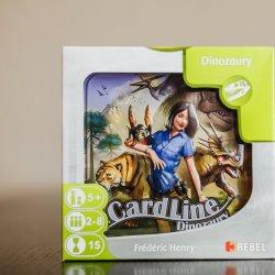 """""""Cardline Dinozaury"""" to świetnie wydana gra karciana od wydawnictwa REBEL (fot. Ewelina Zielińska)"""
