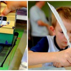 Dzieci podczas warsztatów drukarskich poznają tajniki kaligrafii, historię książki, a także sposób jej przygotowania (fot. mat. organizatora)