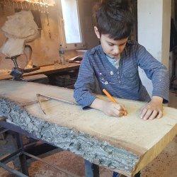 Przygoda z drewnem zaczęła się, kiedy Gabriel miał 4 lata (fot. mat. organizatora)