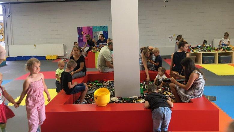 Zajęcia odbywają się w Centrum Zabaw 1000 Klocków w Katowicach (fot. mat. organizatora)
