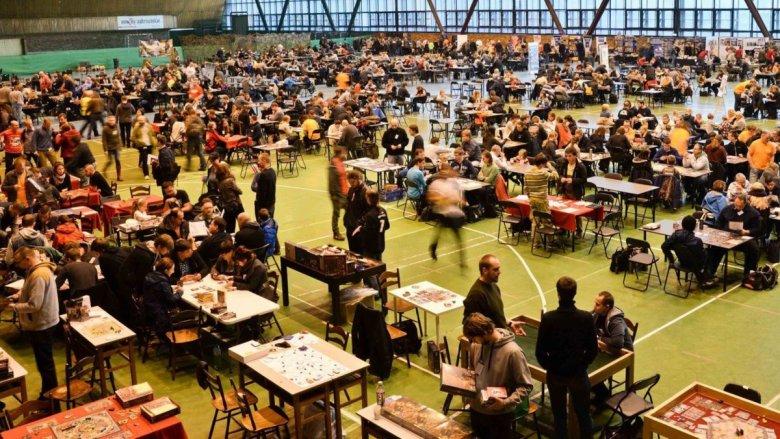 """""""Pionek"""" to impreza, którą odwiedzają miłośnicy planszówek w każdym wieku (fot. mat. Pionek.org)"""