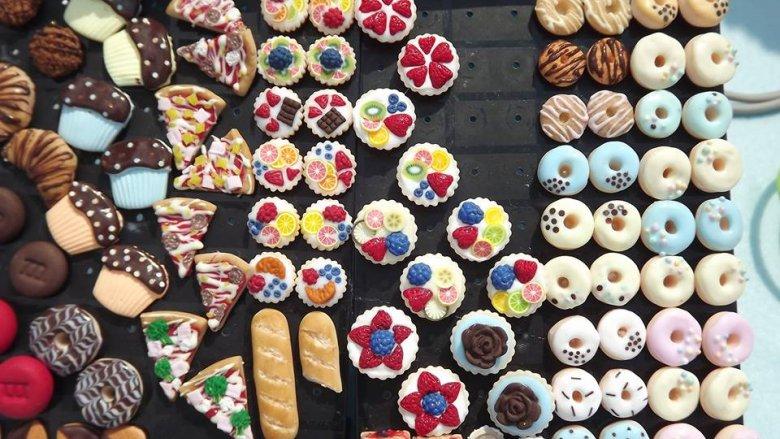 Taką smaczną biżuterię można zamówić przez Facebooka: AnA92pl Cupcakes (fot. materiały Anny Góreckiej)