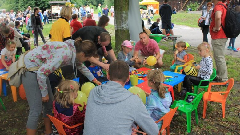 """""""Dziecięce zabawy na wiejskim podwórku"""" to impreza, która odbędzie się 11 czerwca w chorzowskim skansenie (fot. FB Górnośląski Park Etnograficzny)"""