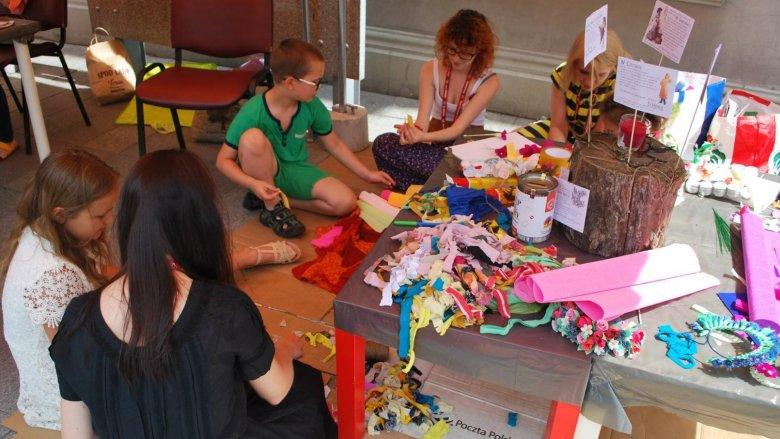Tak bawiły się dzieci na zeszłorocznym Skupie Kultury (fot. mat. Skup Kultury)