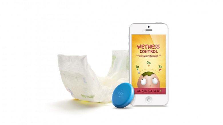 Wolisz informację o mokrej pieluszce w swoim smartfonie – to też nie stanowi problemu! (fot. mat. prod.)