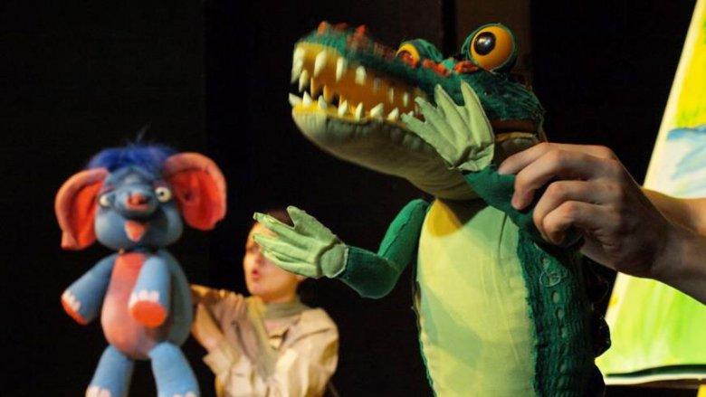 """Mamy dla Was podwójny bilet na spektakl """"Takie sobie bajeczki"""" (fot. Teatr Gry i Ludzie)"""