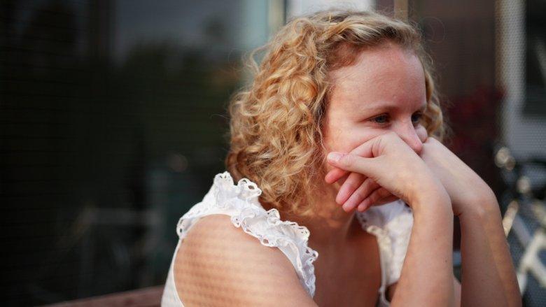 Jak radzić sobie z nastoletnim buntem by nie stracić dobrej relacji z dzieckiem podpowiada psycholog (fot. foter.com)