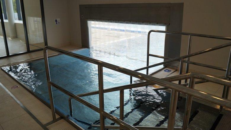 Nawet zimą będzie można korzystać z ciepłych kąpieli na zewnątrz budynku (fot. SilesiaDzieci.pl)