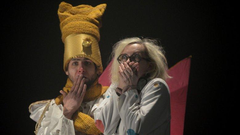 Spektakl - choć w lekkiej formie - niesie ze sobą ważne przesłanie ekologiczne (fot. Inqubator Teatralny)